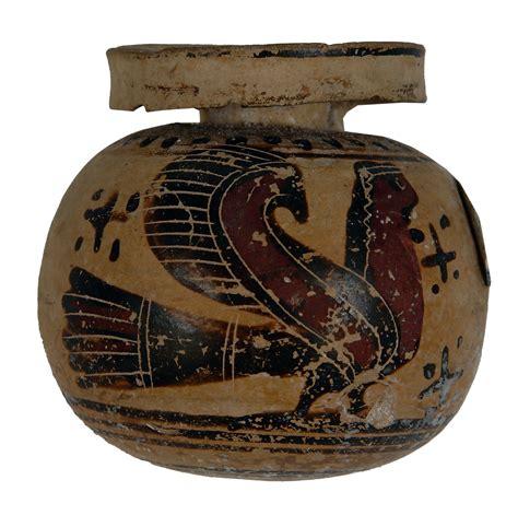 foto vasi greci sirene civico museo di storia ed arte comune di trieste