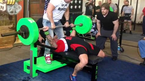 record bench press weight philip brewer world record bench press 490 lbs 222 25kg