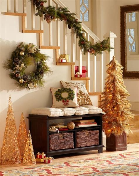 entryway decorations 23 welcoming and cozy christmas entryway d 233 cor ideas