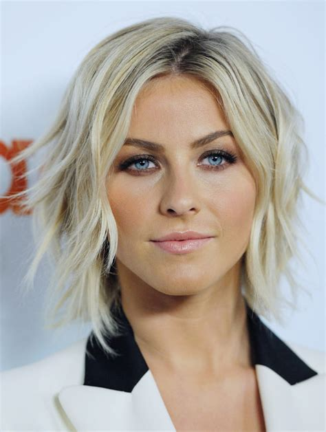 how to style julianne hough choppy bob julianne hough s smoky eyes makeup artist reveals tips