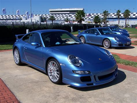 california porsches 2006 porsche club coupes in azzuro california blue