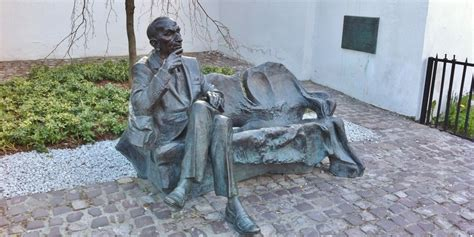 jewish benching jan karski bench krak 243 w sightseeing krakow