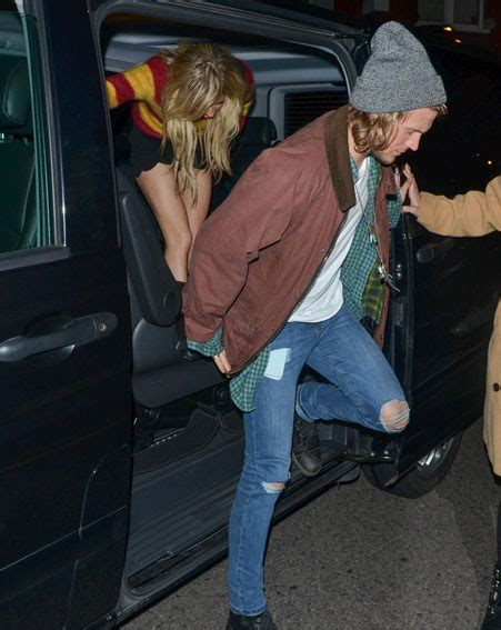 are ellie goulding and dougie poynter dating ok magazine ellie goulding and dougie poynter make actual physical
