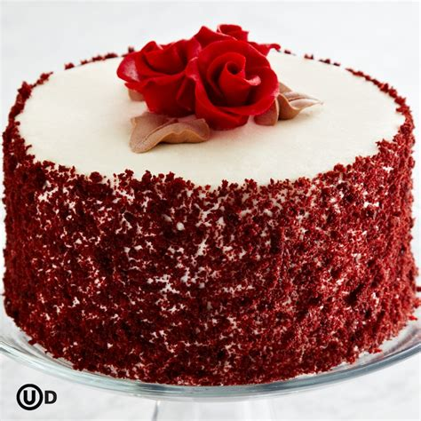 Red Cake Decoration by 35 Red Velvet Cake Pictures And Recipe