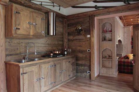 mobili rustici per cucina beautiful mobili rustici per cucina gallery ideas