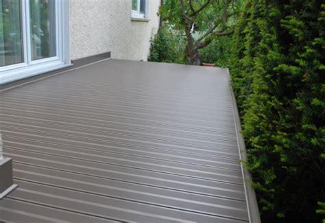 hauseingangstür aluminium preis balkon terrassenboden aus aluminium baumesse
