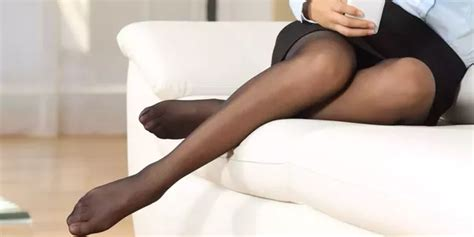 why are pantyhose so comfortable are pantyhose and tights the same quora