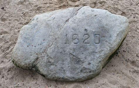 where is plymouth massachusetts plymouth rock