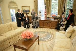 Obama Muslim Prayer Rug Resolute Desk White House Museum