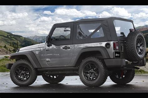 Affordable Cars For College Students by 7 Affordable Cool Cars For Students Autotrader