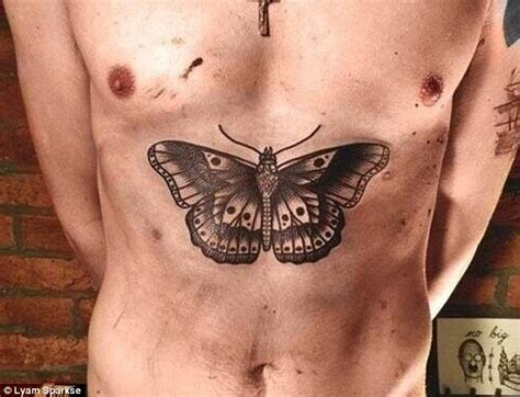 harry styles hand tattoo harry styles gets another as he reveals