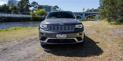 jeep summit 2015 2015 jeep grand cherokee summit platinum 3 0 crd review