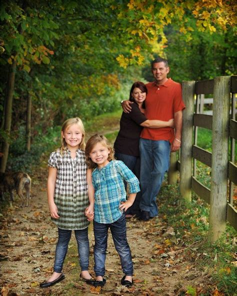 Family Portrait Ideas by Outdoor Family Photos Ideas In Children Family