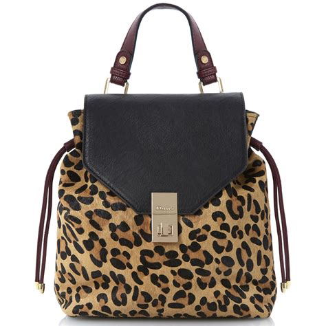 Handbags Are An Easy Way To Wear Leopard Print how to wear the leopard print trend fashion tips