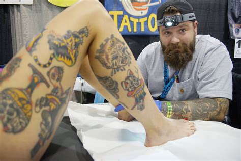 Tattoo Convention In Milwaukee | tattoo convention draws inked bodies as living art the