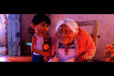 film coco di depok coco film animazione disney pixar ambientato in messico