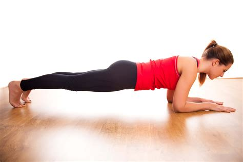 plank excercises how to properly do a plank exercise in 3 simple steps