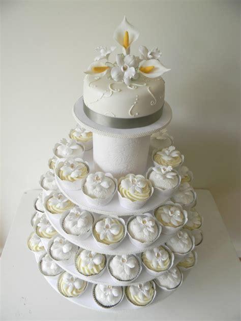 Hochzeit Cupcakes by Hochzeits Cupcakes Wundersch 246 Ne Beispiele