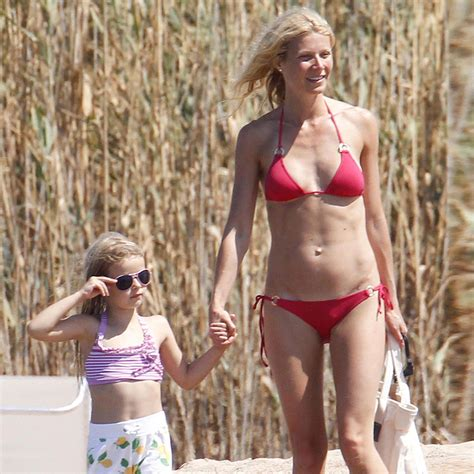 gwyneth paltrow pictures in italy with apple and