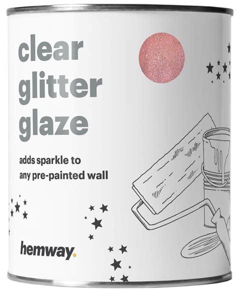 glitter wallpaper in emmerdale glitter wallpaper home farm emmerdale wallpaper home