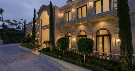 how old is mohamid from the beverly hills house wives 34 year old reportedly buys le palais pricey pads