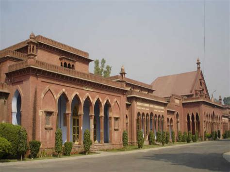Amu Mba Accreditation by Amu Gets Grade A Certification From Naac Careerindia