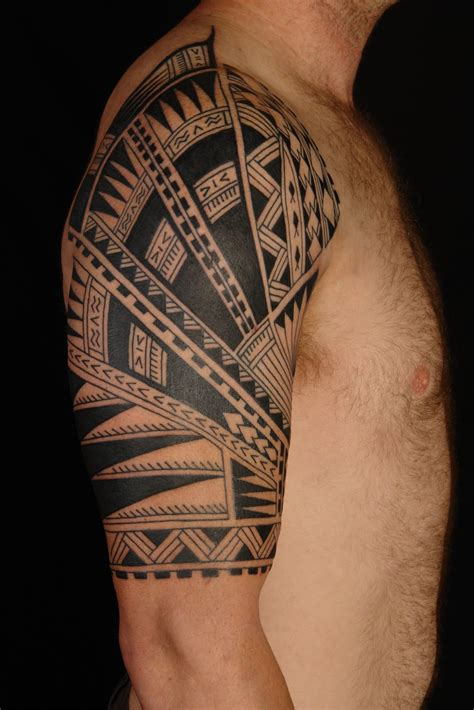hawaiian quarter sleeve tattoo maori polynesian tattoo samoan polynesian half sleeve tattoo