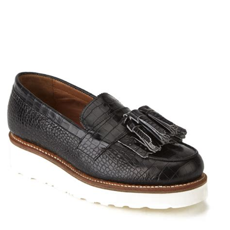 grenson loafers grenson womens clara v croc leather tassle loafers in