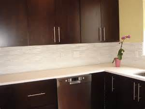 Glass Kitchen Tile Backsplash The Ceramic Subway Tile Backsplash Homearttile