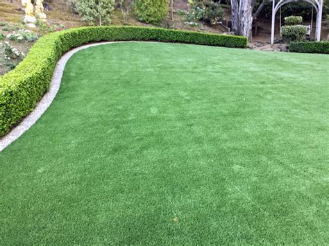 Artificial Grass Detroit, Michigan. Putting Greens