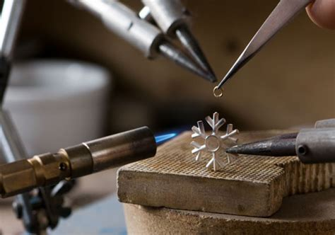 bench jeweller jobs job opening for jeweler new york new york esslinger watchmaker supplies blog