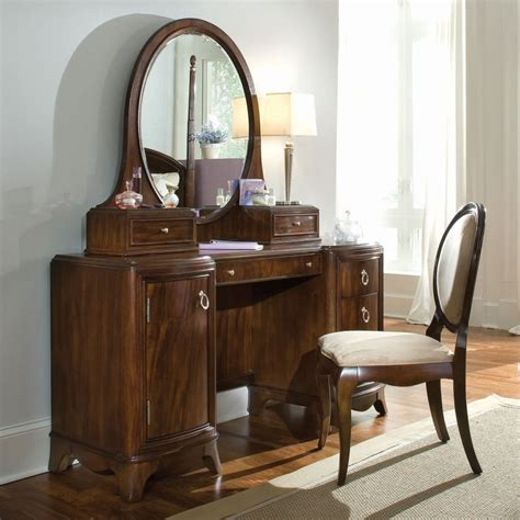 Dresser Vanity Bedroom by Bedroom Antique Bedroom Vanity With Storage Completing