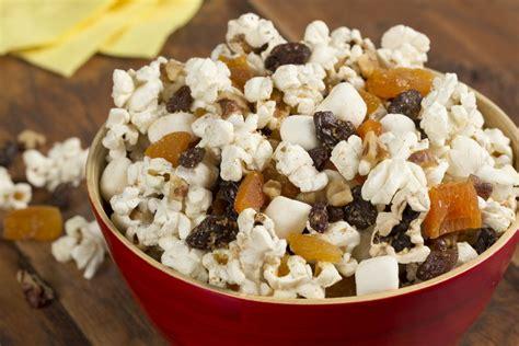 fruit n nut fruit n nut popcorn mix everydaydiabeticrecipes