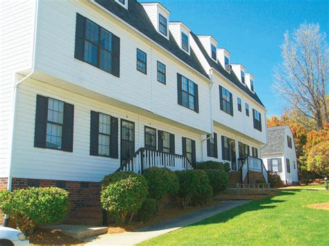 the village appartments the village of nantucket greensboro nc apartment finder