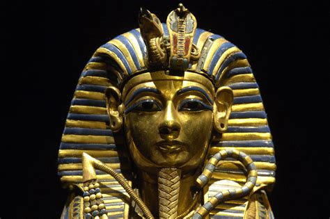 biography king tut king tut s life history video search engine at search com