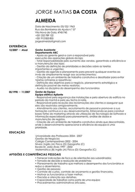 Modelo Curriculum Funcionario Modelo De Curriculum Gestor Assistente Exemplo De Cv Assistente Administrativo Livecareer