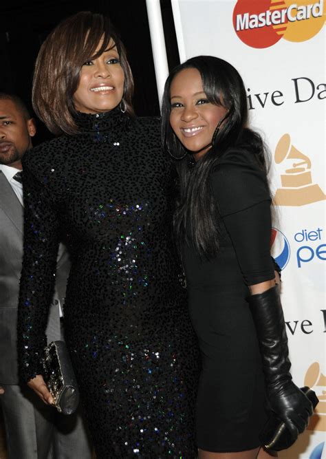 whitney houston and her daughter whitney s daughter wants to change her name celebrity buzz