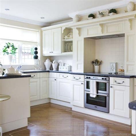 Kitchen Worktop Ideas by Kuchnia W Stylu Angielskim Nowoczesne Kuchnie Projekty