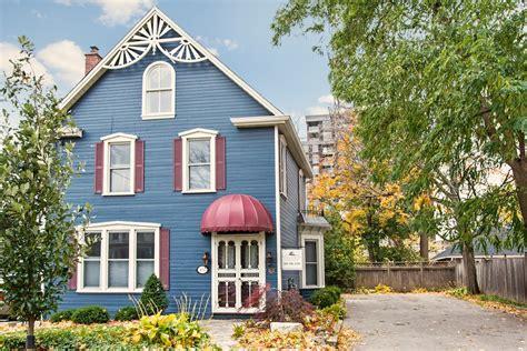 Coleman House by Coleman House Suite 2 Burlington Furnished Rentals