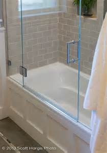 glass doors small bathroom: where can i find this glass door for the tub good for small bath