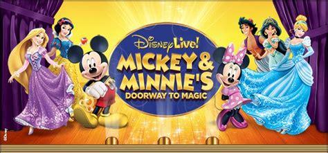 magic mickey and minnie disney doorway to live disney live mickey minnie s doorway to magic veterans