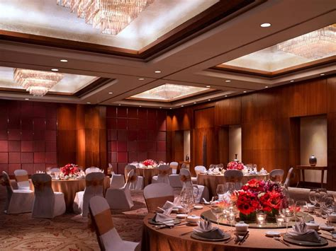 Wedding Ballroom Jakarta Pusat by Mandarin The Ballroom Venuerific Indonesia