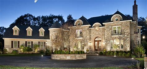 sales of homes priced at 1 million and up are surging in online kansas city sales of luxury million dollar homes