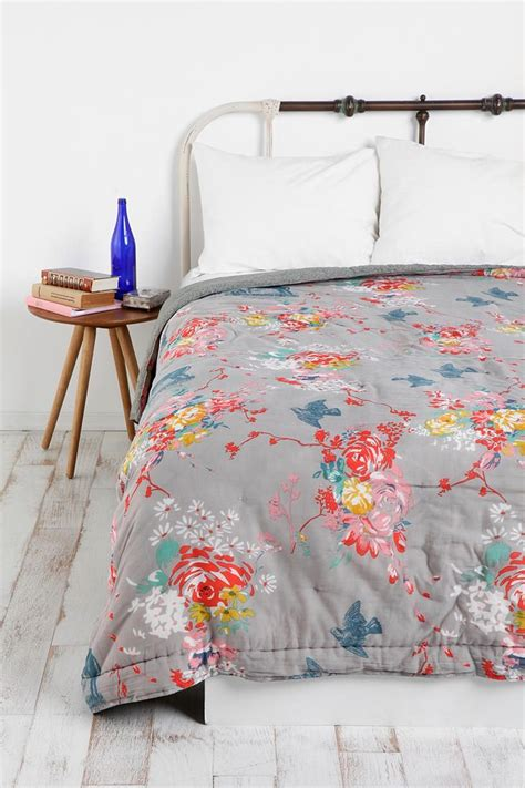 best 25 floral bedspread ideas on floral