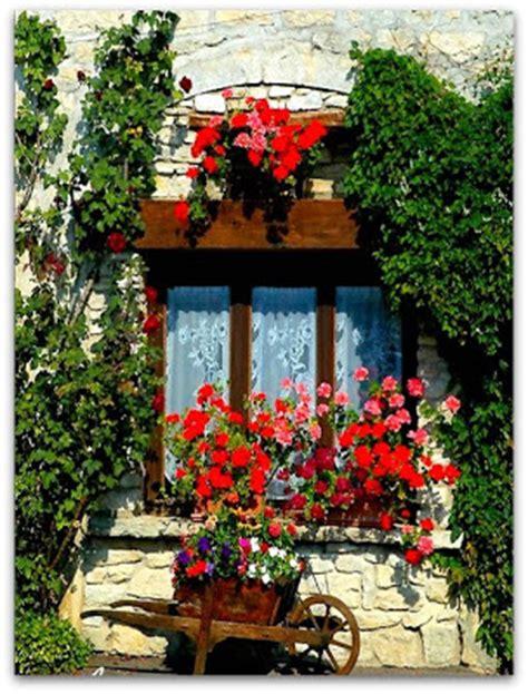 idee balconi fioriti sweet sweet home finestre e balconi fioriti decorazioni