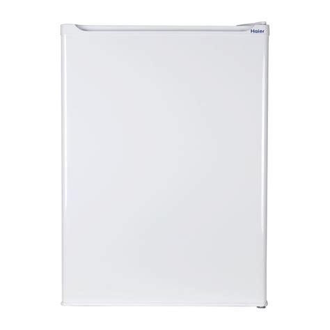 Freezer Es Mini haier 2 7 cu ft mini refrigerator freezer in white