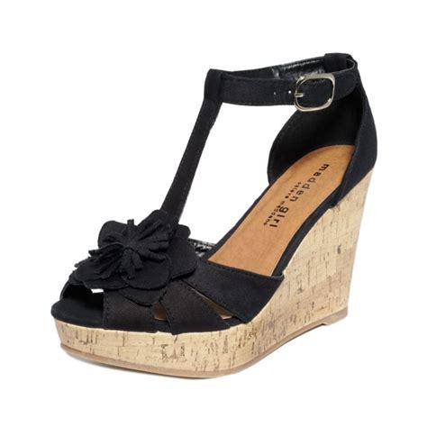 madden wedge sandals madden kalasso platform wedge sandals in black lyst