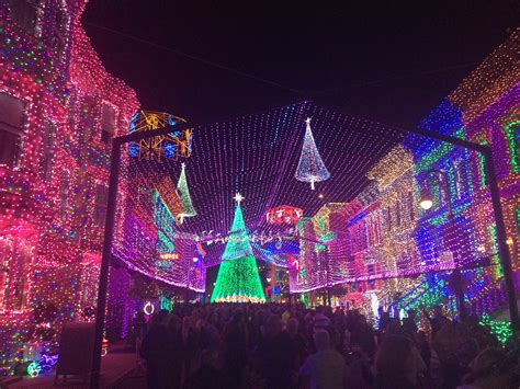 walt disney world hollywood studios spectacle of dancing