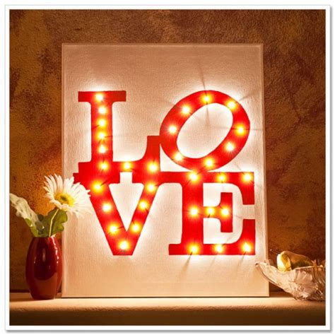 11 awesome and coolest diy valentines decorations 5 cool diy valentine s day canvases shelterness