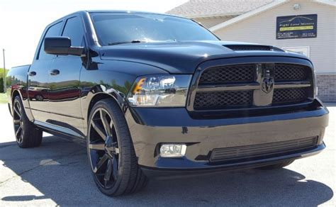 1D7RB1CT7BS663642   2011 ram 1500 SLT BIG HORN CREW HEMI